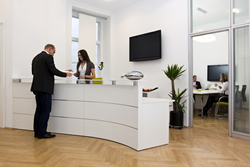 5 Ways to Become a Better Office Manager